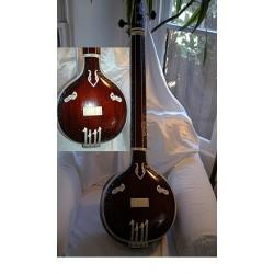 Tambura: 4 String, Male